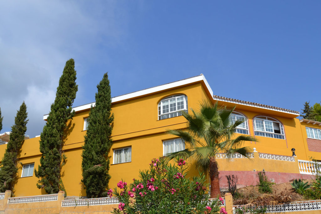 benalmadena retirement home for sale