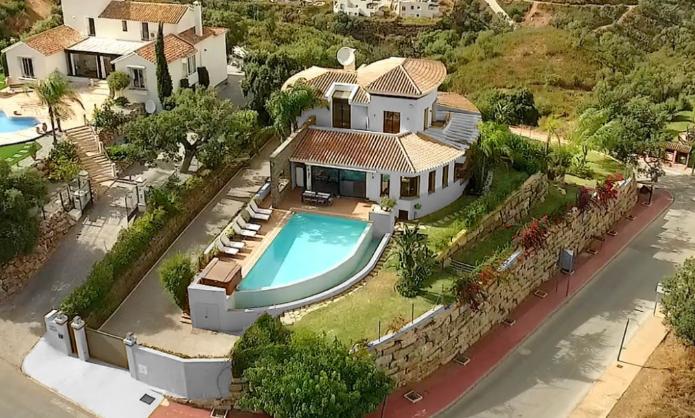 Elviria villa Sierra