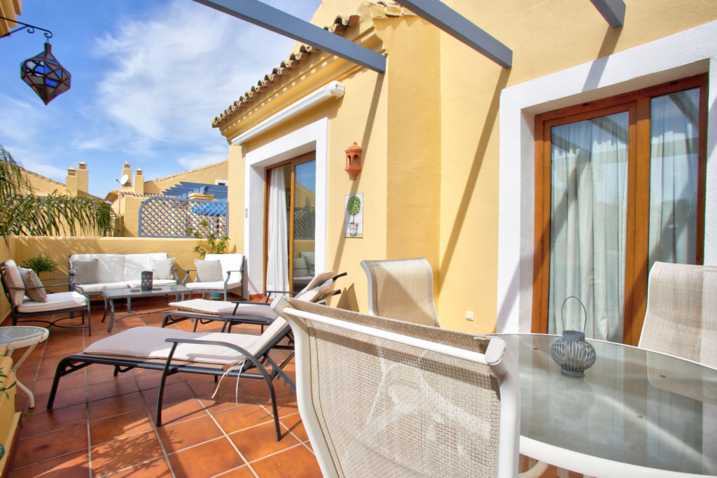 Marbella penthouse Single Homes