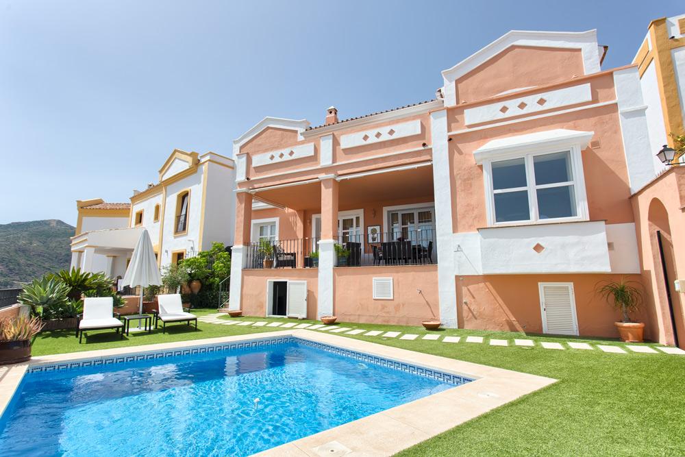 Benahavis villa Poniente te koop